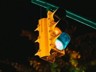 Traffic Light Road Signal Road  - zerotake / Pixabay
